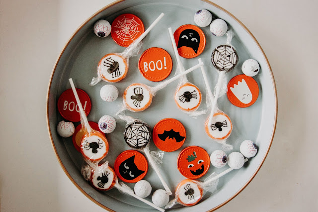 Halloween sweets and lollies in a bowl