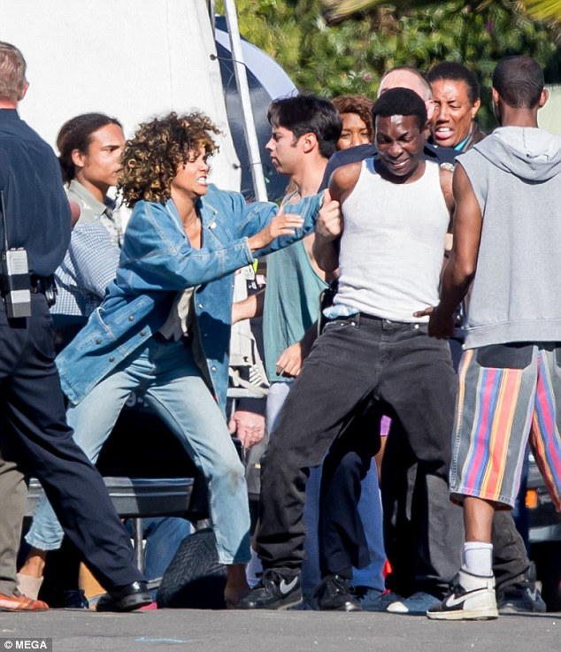 Ultimate Halle Berry Kings First Photos Of Halle Berry Filming