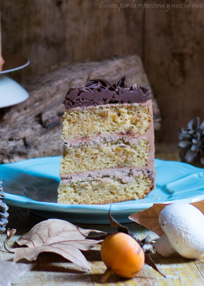 Porción tarta de vainilla y chocolate