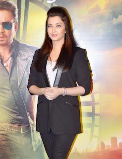 Aishwarya Rai Black Coat Pant