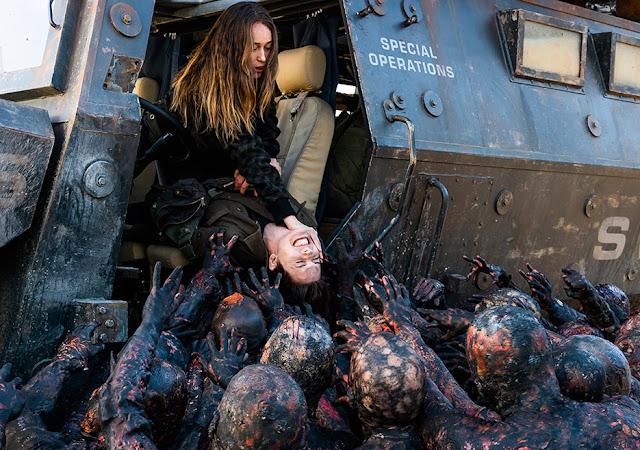Alicia Clark (Alycia Debnam-Carey) ed Althea (Maggie Grace) nell'episodio 8