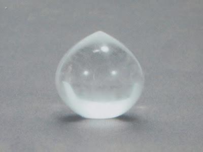 水晶の宝珠
