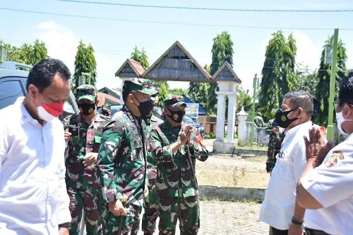 Danrem 141/Tp  Dampingi Pangdam XIV/Hasanuddin Maqam Assyeikh Al-Habib Jamaluddin Al Akbar Al Husein Kab Wajo