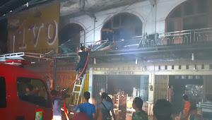 Kebakaran Lantai 2 Apotik Hikmah Bangkinang, Diduga Karena Pendek Arus Listrik