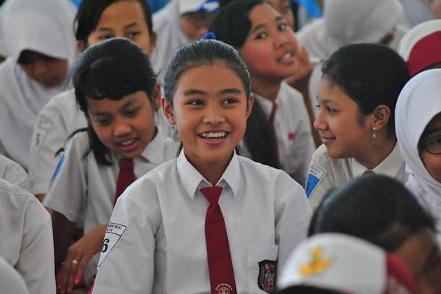 Cara Tepat Menghadapi Perubahan Mood Anak Usia 10-12 Tahun