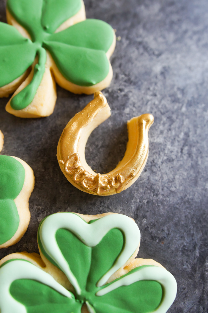 St. Patrick's Day Shamrocks and Horseshoes