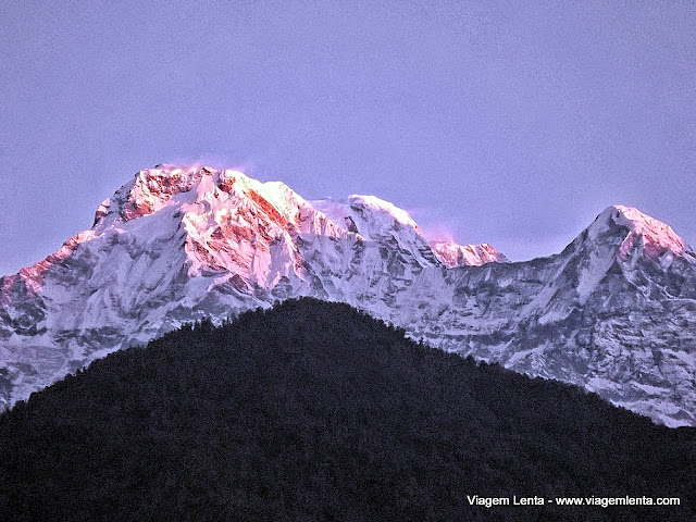 South Annapurna nos primeiros raios de sol de mais um dia de trekking