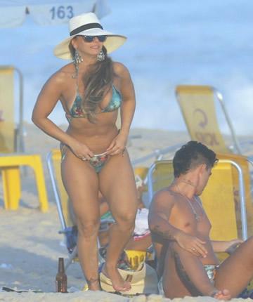 Viviane Araujo en las arenas