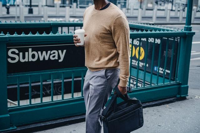 aprende ingles trabajo trabajo caminar cafe metro