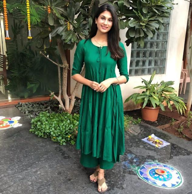 Nidhhi Tapadiaa  (Indian Actress) Wiki, Age, Height, Family, Career, Awards, and Many More