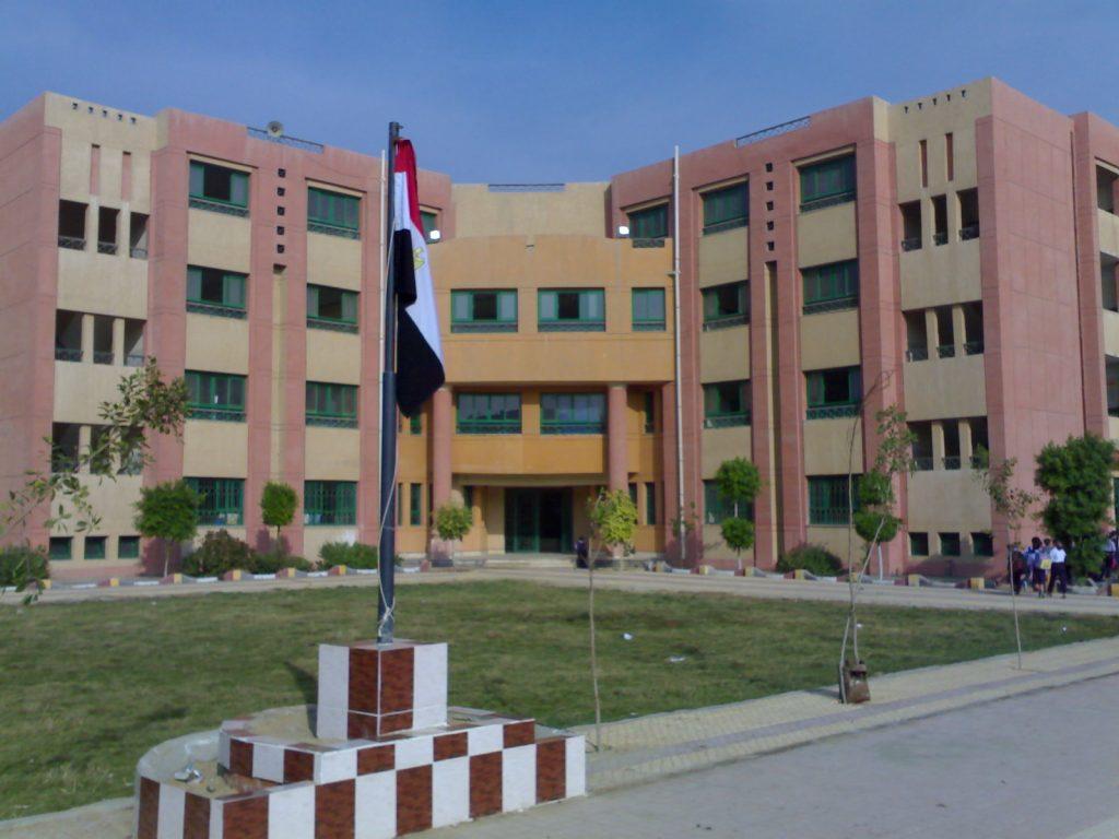 وظائف مدارس منارة القاهرة براتب 5 آلاف جنية مصر 2021