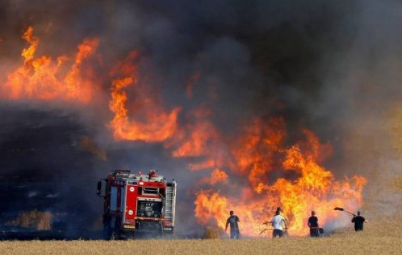 عاجل: اندلاع حريق مجهول الأسباب بأكادير في اليوم الثاني من عيد الفطر.
