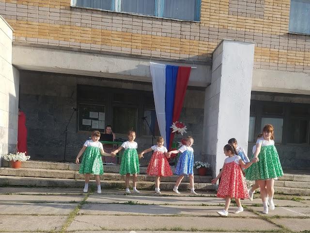 мои 92 дня лета, день России, сельский клуб, хоровод