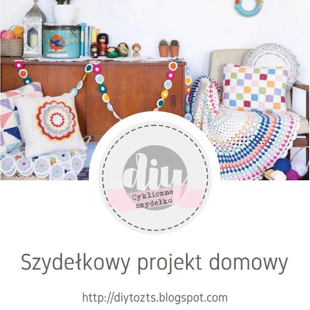 31 sierpień - szydełkowa poduszka