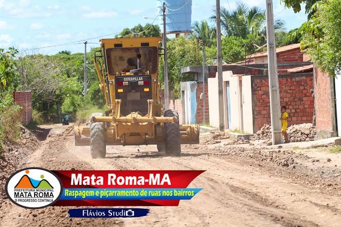 TRABALHO! Mega operação realizada pela prefeitura de Mata Roma garante melhor trafegabilidade na cidade.