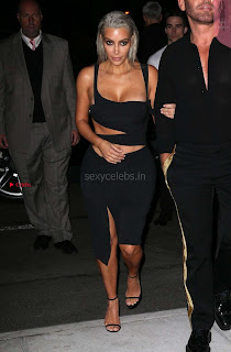 Kim-Kardashian-Mert-and-Marcus-Book-Launch-in-New-York--07+%7E+SexyCelebs.in+Exclusive.jpg
