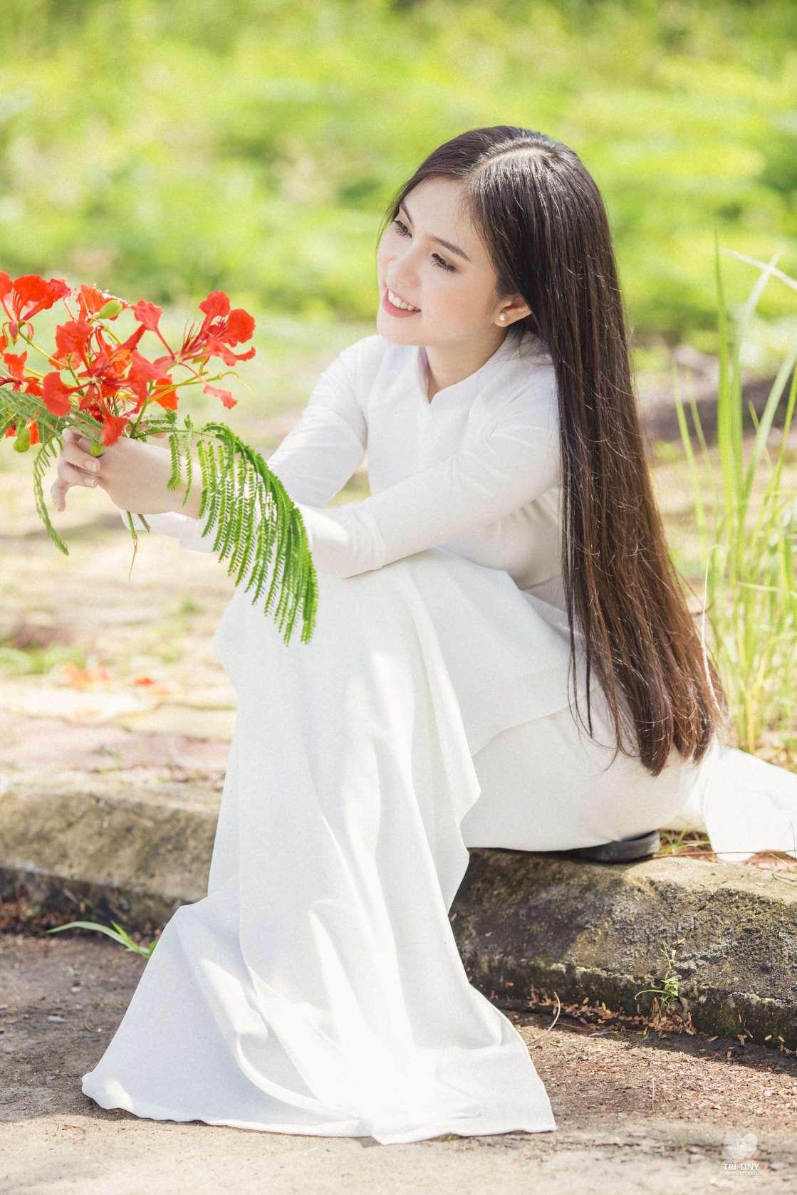 Chiêm ngưỡng dung nhan cô gái giống Ngọc Trinh như đúc