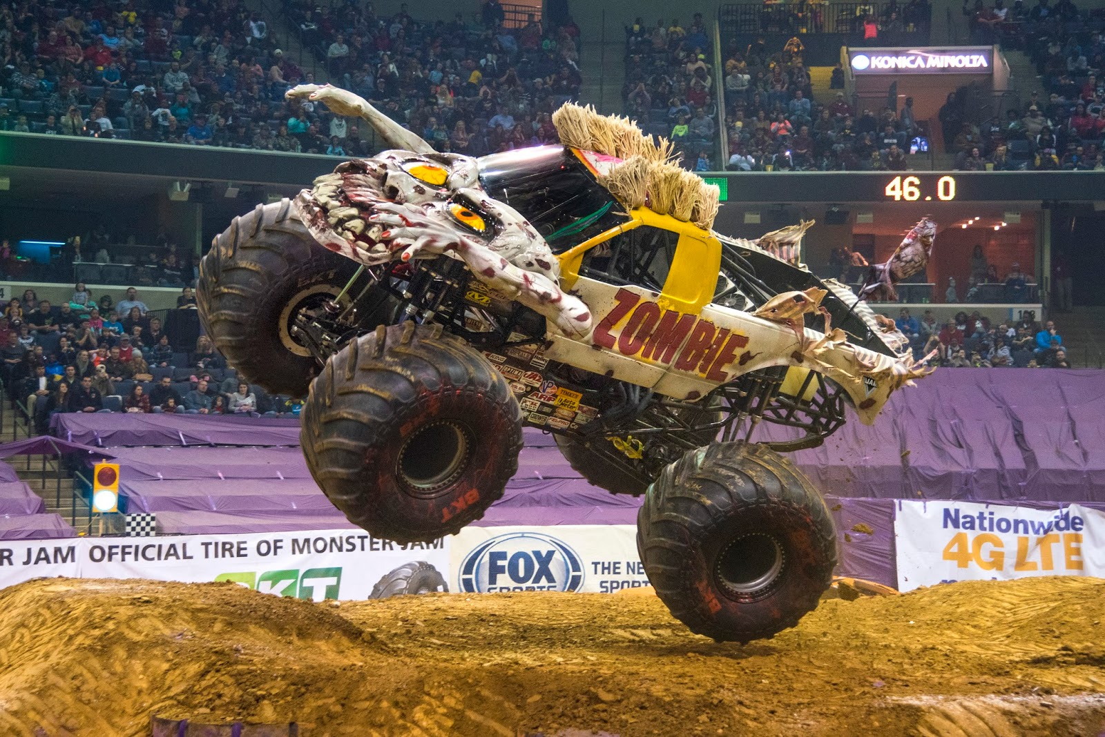 Chiil Mama Flash Giveaway Win 4 Tickets To Monster Jam