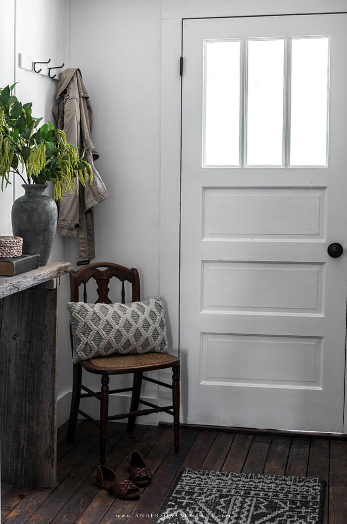 White entry with door