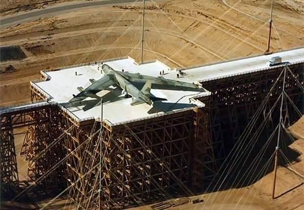 B-52  chuẩn bị thử nghiệm AMP