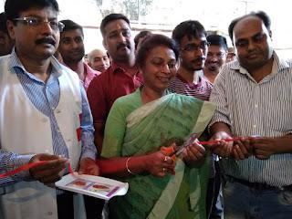 blood-donation-in-ravishankar-birth-day