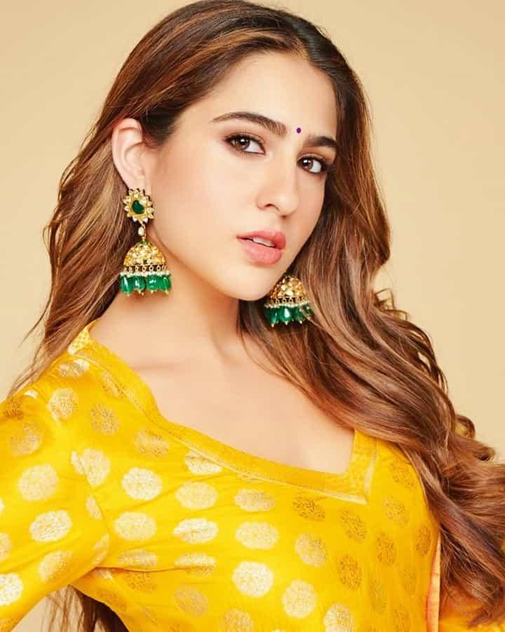 love aajkal sara ali khan pics, sara ali khan short dress, sara ali khan casual outfits