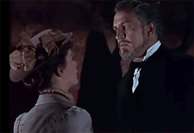 Vincent Price looms over his next victim in House of Wax