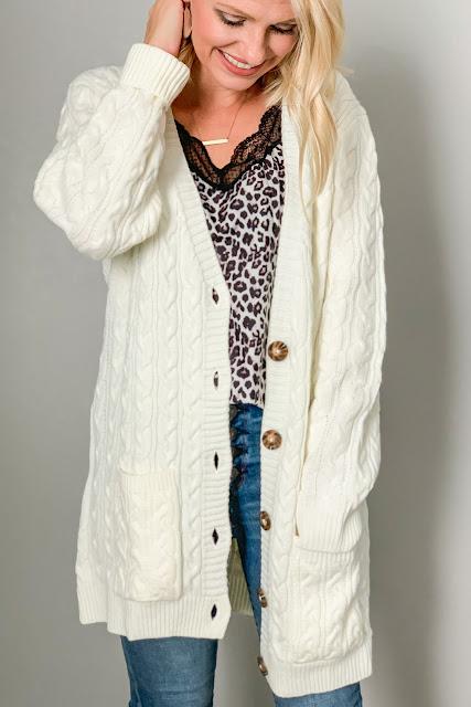 Boyfriend cardigans are a great fall wardrobe staple #boyfriendcardigan #cardigan #wardrobestaples