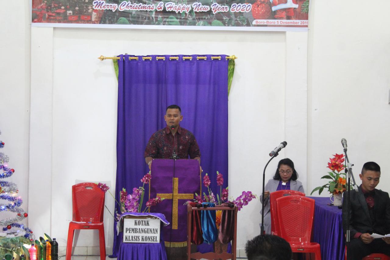 Pererat Hubungan Dengan Masyarakat, Yonif 725/Wrg Rayakan Natal Bersama Di Gereja Oikoumene Boro-Boro