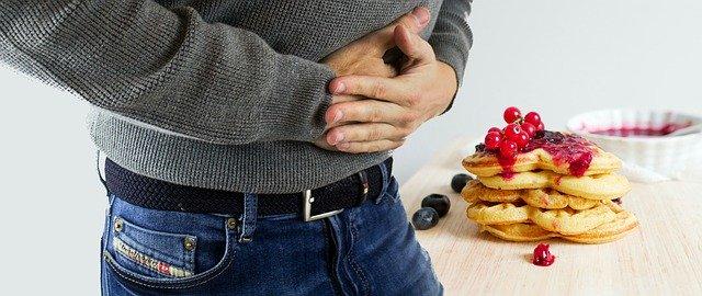 penyebab perut sakit setelah makan
