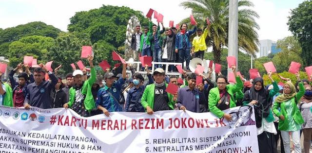 BEM Se-Jabodetabek-Banten Acungkan Kartu Merah ke Istana