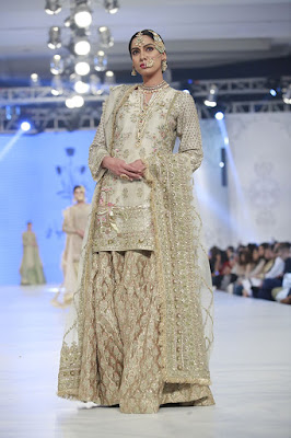 zara-shahjahan-designer-bridal-dress-collection-at-plbw-2016-3