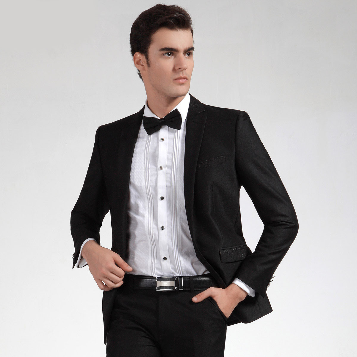 Cool And Cool: Wedding Dress For Men