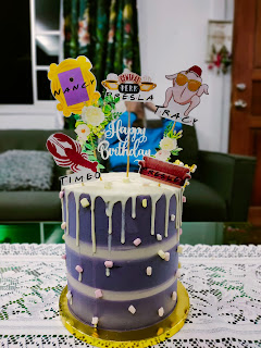 RED VELVET CAKE BY VINERLLY'S CAKE