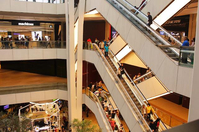 Berwisata Sambil Shopping di Genting Highland Malaysia