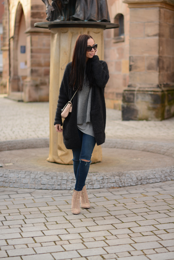 LAMOURDEJULIETTE_LAYERED_OUTFIT_INSPIRATION_CASHMERE_CHANEL_SUNGLASSES_DEUTSCHER_MODEBLOG_001