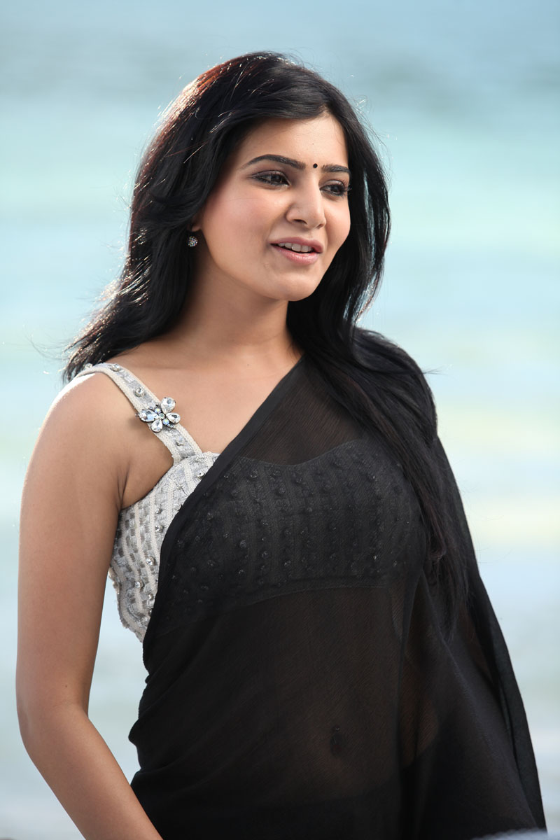 Samantha Ruth Prabhu in saree, Samantha Ruth Prabhu in sleevless blouse
