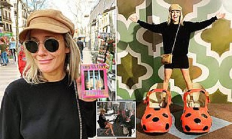 Caroline Flack 'hopeful, but so weak' on final holiday before her death (photos)