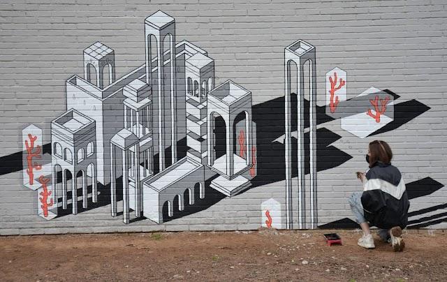 """ES NOTICIA. Alcalá de Henares apuesta por la pintura mural con el Programa """"Muros Abiertos"""""""
