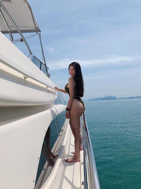 Thủy Top khoe 3 vòng nóng bỏng với bikini