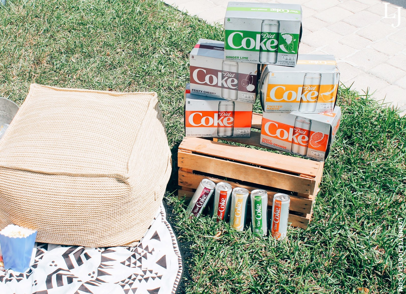 diy-outdoor-movie-night-diet-coke-new-flavors