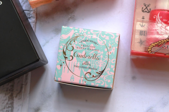 chic-princessa-sale-haul-pinapina-etude-princess-happy-ending-pink-glass-slipper