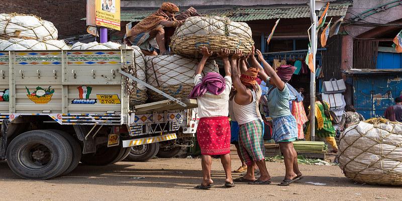 500,000 கிலோ காய்கறிகளை வாங்குகிறது அரசு!