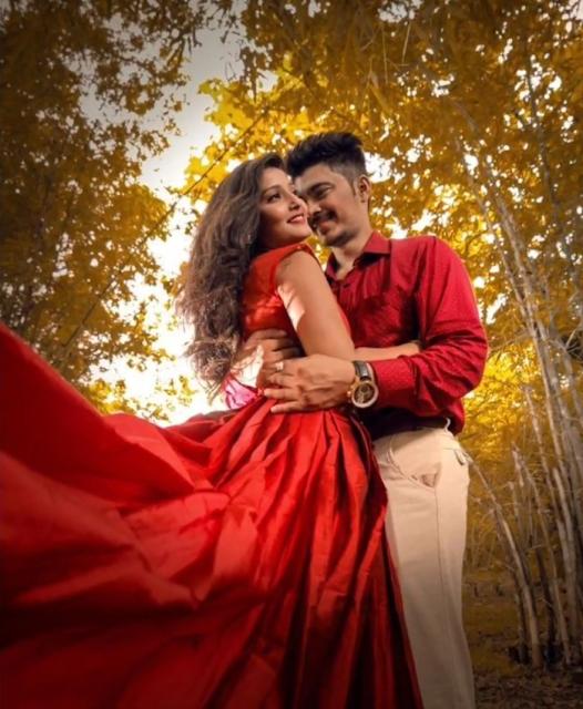 Creative Photoshoot Pose For Couple