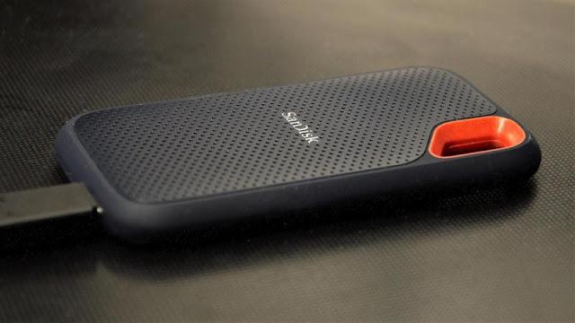 7. SanDisk Extreme Portable SDD V2