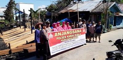 Tandai HUT Ke-73 Bhayangkara, Polsek Karau Kuala Berikan Sembako kepada Korban Kebakaran