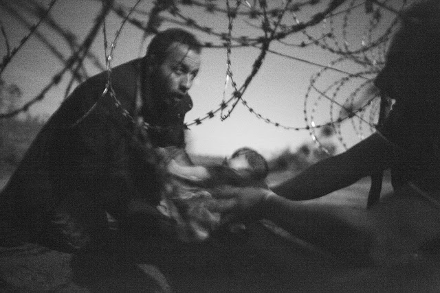 Green Pear Diaries, fotografía, World Press Photo Contest 2016, Hope for a new life, Warren Richardson