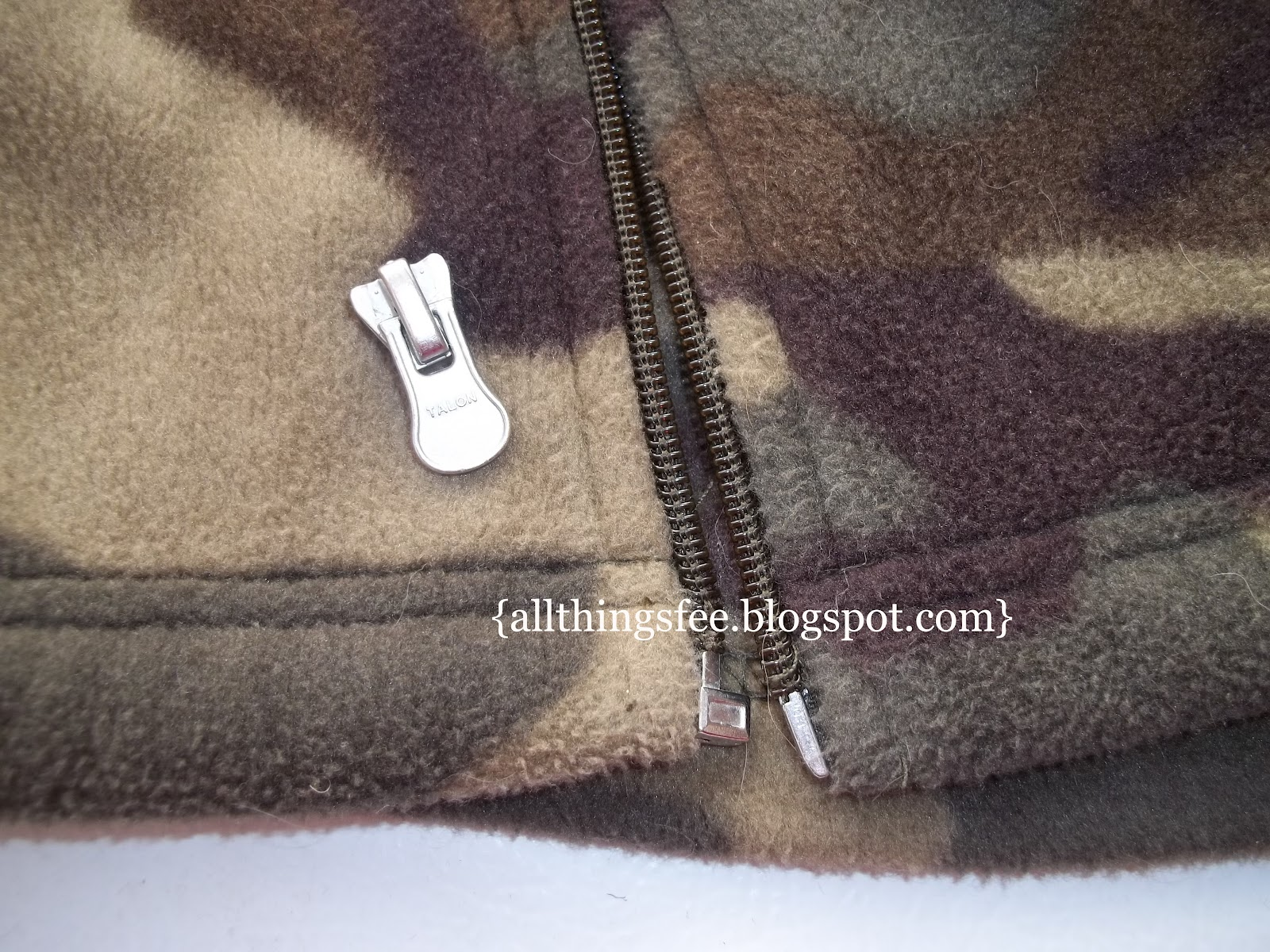 all things fee where life meets craft fix a broken zipper. Black Bedroom Furniture Sets. Home Design Ideas