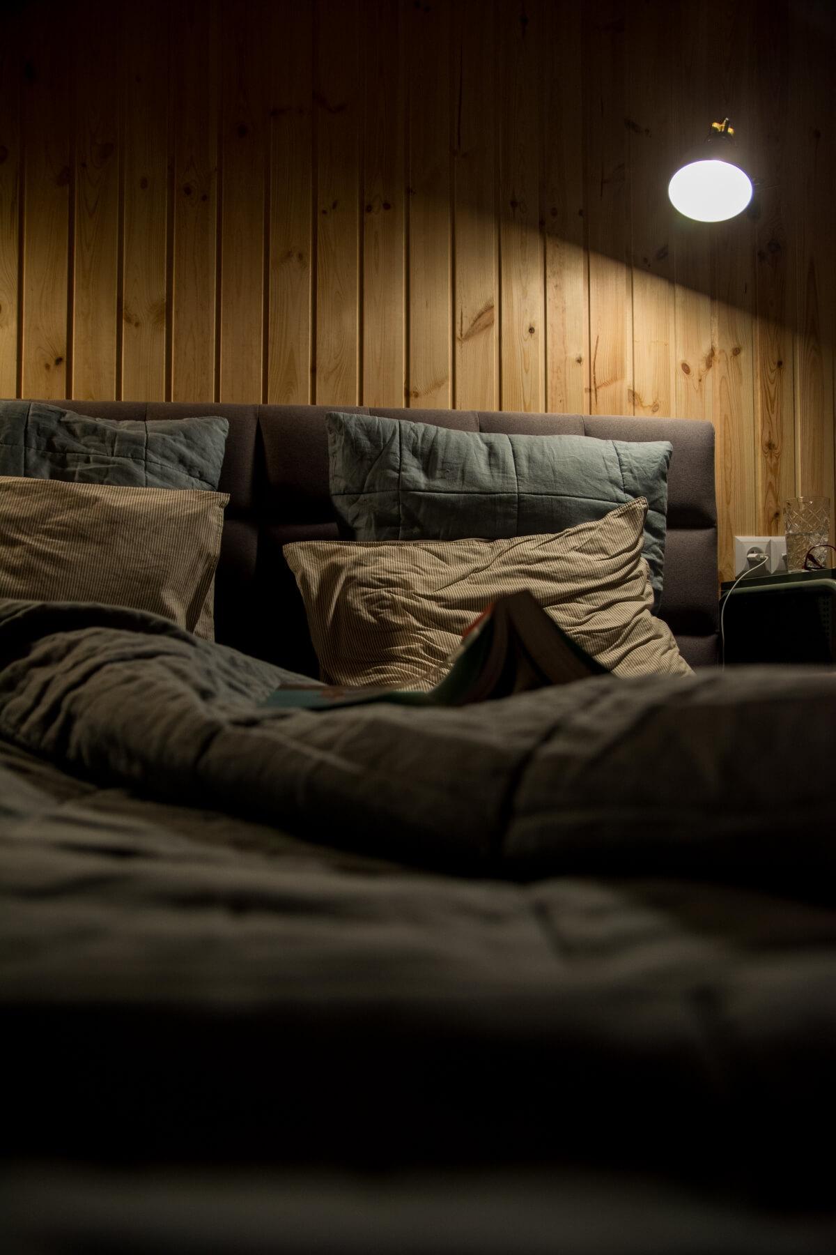 oświetlenie funkcyjne do sypialni