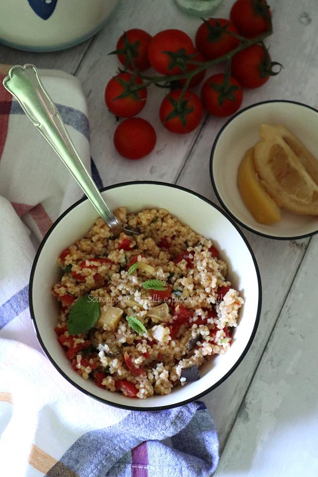 Bulgur con melanzana, pomodori, menta e limone in conserva